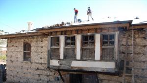 Akseki'de tarihi konak restore ediliyor