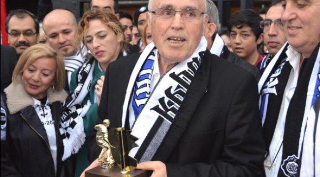 Altay'ın 73 Yaşındaki Efsane Kaptanı Ayfer Elmastaşoğlu'ndan Furkan'a Mesaj