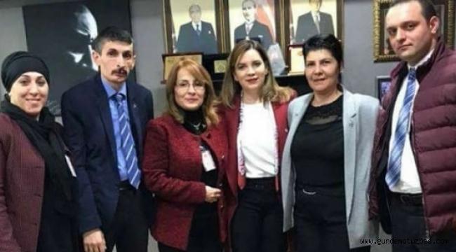 MHP'de kadın kolları yönetimine iki erkek seçildi!