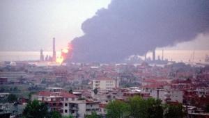 4 işçinin yaşamını yitirdiği Tüpraş patlamasında sanıklara tahliye