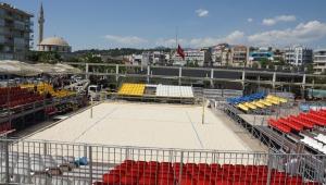 Aydın'da plaj voleybolu heyecanı başlıyor