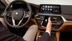 Apple CarPlay, Google Maps'e iOS 12 ile izin verecek!