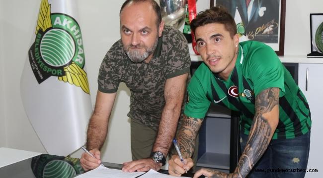 Akhisar Belediyespor, Josue Filipe ile 2 yıllık sözleşme imzaladı