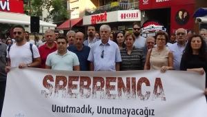 İzmirliler, Srebrenitsa Katliamı'nı unutmadı