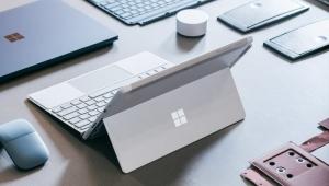 Öğrenciler için uygun fiyatlı bilgisayar: Microsoft Surface Go!