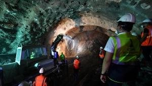 Başkan Kocaoğlu, yerin 30 metre altından seslendi