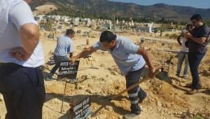 Enfeksiyondan hayatını kaybeden kadının mezarı açıldı