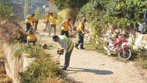 Aydın Büyükşehir Çobanlar Mahallesinde çevre temizliği yaptı