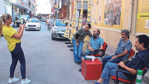 Bizimkiler'in Cemil'i İzmir'de