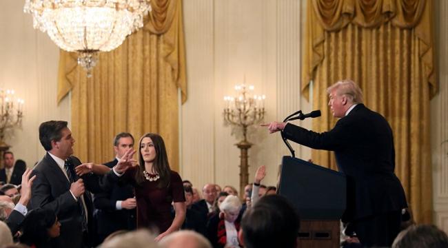 ABD'li yargıçtan Beyaz Saray'a: CNN muhabiri Acosta'ya basın kartını geri verin