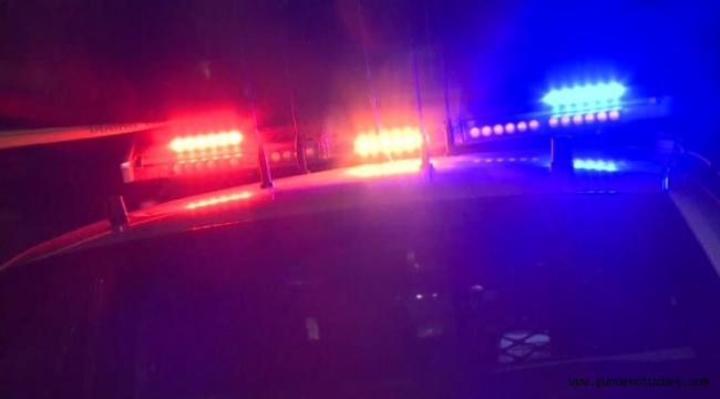 California'da bir bara silahlı saldırı