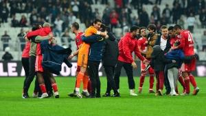 Spor Toto Süper Lig: Beşiktaş: 1 - DG Sivasspor: 2