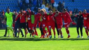 Spor Toto Süper Lig: Kasımpaşa: 1 - Antalyaspor: 2