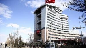 Türkçe ezan tartışması: CHP, iki milletvekilini disipline sevk etti