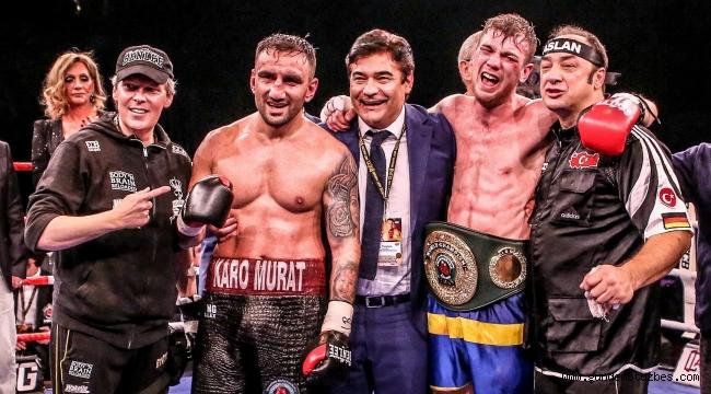 EC Boxing, dünya şampiyonluk kemeri kazandı