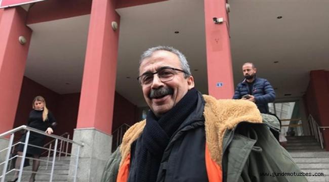 Hapis cezasını onanan Sırrı Süreyya Önder, cezaevine girdi