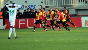 Spor Toto Süper Lig: Göztepe: 3 - Aytemiz Alanyaspor: 2