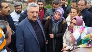 AK Parti Milletvekili Necip Nasır göçük alanında