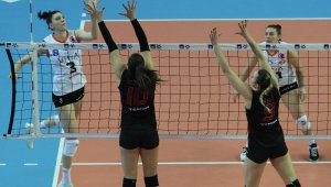 AXA Sigorta Kupa Volley'de ilk finalist Eczacıbaşı Vitra