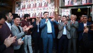 CHP'li Serdar Sandal, dur durak bilmiyor