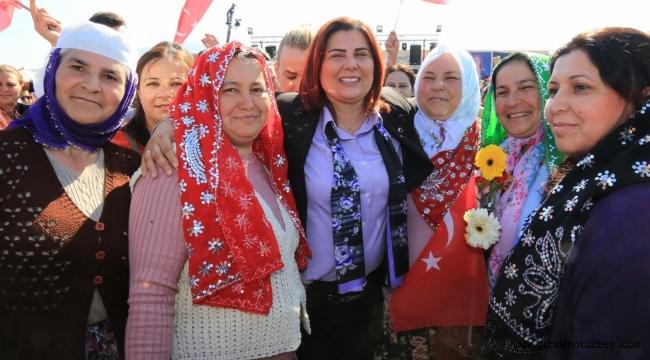 Germencikli kadınlardan Özlem Çerçioğlu'na büyük ilgi