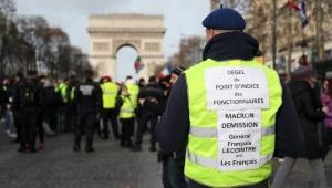 Independent: Sarı Yelek protestolarında güvenlik güçlerine
