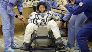 NASA fiyaskosu: Kadınların uzay yürüyüşü 'uygun bedende fazla giysi yok' diye iptal edildi