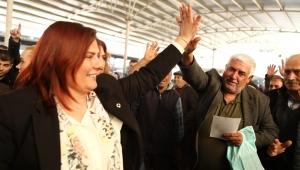 Özlem Çerçioğlu'ndan İncirliova pazarına ziyaret