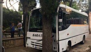 Öğrenci servisinin freni patladı, facianın eşiğinden dönüldü: 15 yaralı