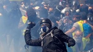 Paris'te Sarı Yelekli, Siyah Bloklu 1 Mayıs: 200'den fazla gözaltı, onlarca yaralı