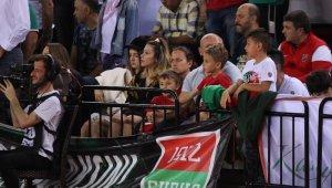 Tahincioğlu Basketbol Süper Ligi: Pınar Karşıyaka: 66 - Anadolu Efes: 99