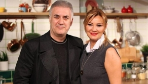 Tamer Karadağlı'dan Pınar Altuğ'a esprili soru