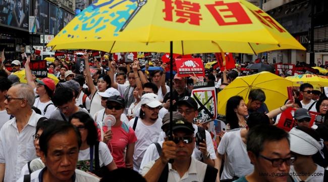 Hong Kong'da 'suçlu iadesi yasa tasarısı' protesto edildi