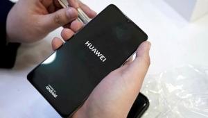Huawei telefonunu servise getirenlere indirimli teknik servis kampanyası başlattı