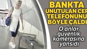 İstanbul'da metro istasyonunda telefon çalan hırsız kamerada