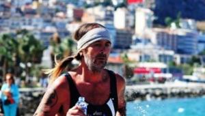 Kamyonun çarptığı triatlon sporcusu hayatını kaybetti