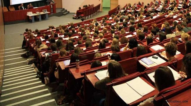 Kriz üniversitelileri de vurdu: