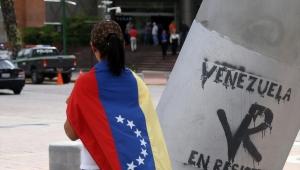 Maduro Kolombiya sınırını açtı, 40 bin Venezuelalı geri döndü