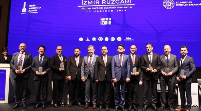 Rüzgar enerjisi sektörü İzmir'de buluştu
