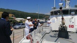 Aliağa'daki Sahil Güvenlik botu, halkın ziyaretine açıldı