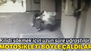 Kozyatağı'nda motosiklet hırsızlığı kamerada