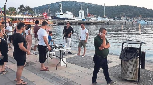 Seyyar satıcılar Çeşme'yi bastı
