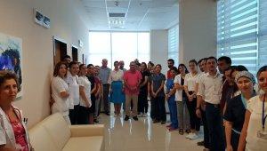 Başhekim Birol, sağlık çalışanları ile bayramlaştı