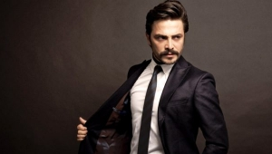 Bomba iddia! Ahmet Kural, avukat sevgilisi ile evleniyor