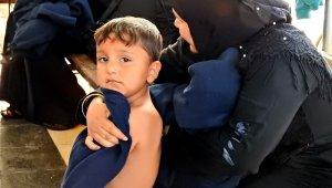 Çeşme'de 44 göçmen ölümden kurtarıldı