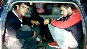 Çeşme'de insan kaçakçılığından 2 tutuklama