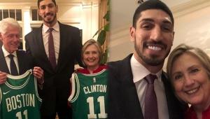 Hillary Clinton, FETÖ'cü Enes Kanter'i yemeğe davet etti