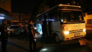 İzmir'de 19 kaçak göçmen yakalandı