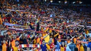 Türk Telekom Stadyumu'nda 11. Galatasaray - Fenerbahçe derbisi