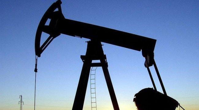 Brent petrolün varili 57,90 dolar